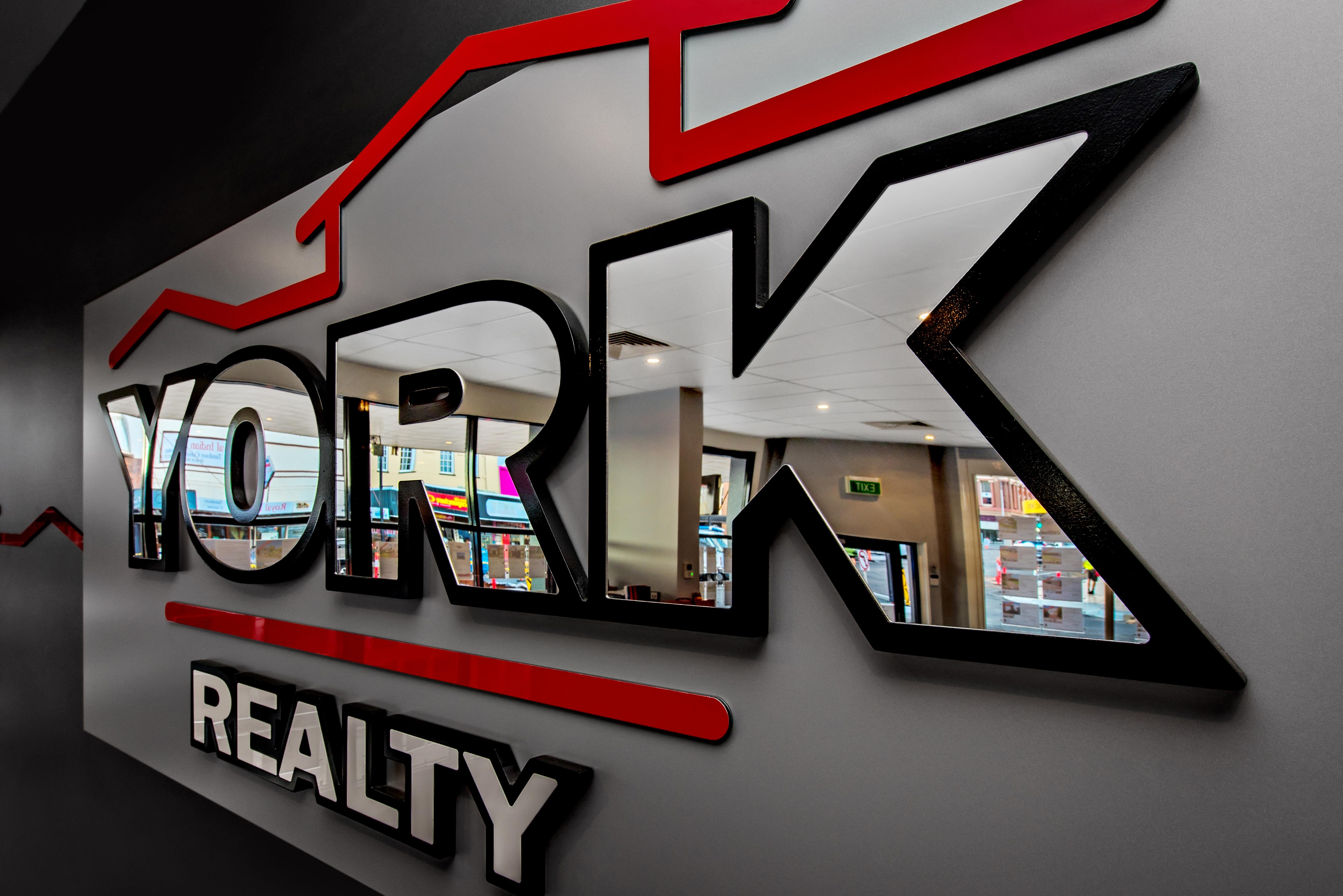 York Realty - logo